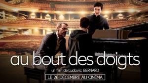 AU BOUT DES DOIGTS : Bande-annonce du film avec Lambert Wilson et Kristin Scott Thomas