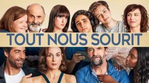 TOUT NOUS SOURIT : Bande-annonce du film avec Elsa Zylberstein et Stéphane De Groodt